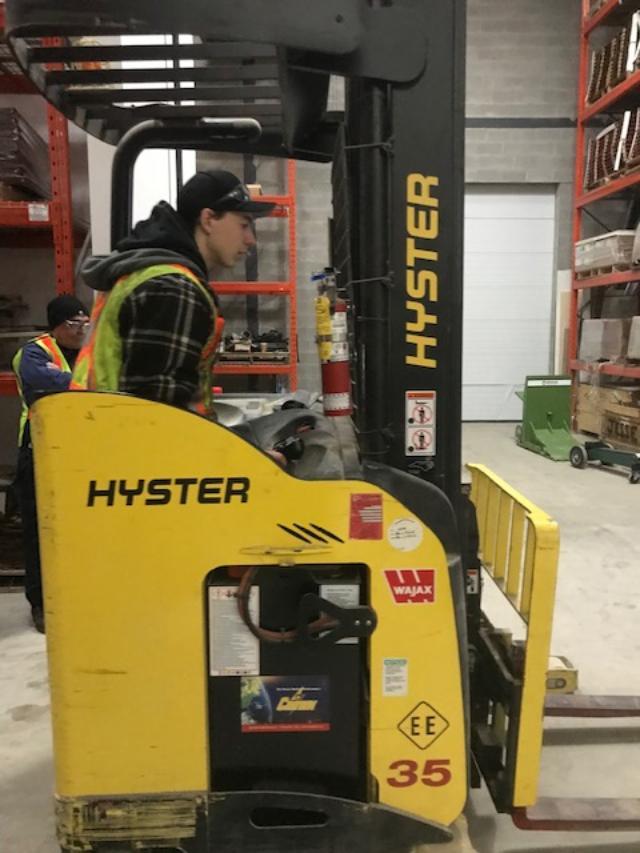 Narrow Aisle Reach Truck Training in Vaughan, Toronto, Mississauga, Brampton, Markham